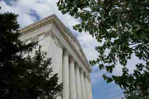The exterior of the U.S. Supreme Court in Washington, U.S., is seen on September 16, 2019. REUTERS/Sarah Silbiger - RC14827AF520