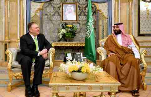 U.S. Secretary of State Mike Pompeo takes part in a meeting with Saudi Arabia's Crown Prince Mohammed bin Salman in Jeddah, Saudi Arabia, September 18, 2019. Mandel Ngan/Pool via REUTERS - RC19B9A95FE0