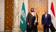 Saudi Arabia's Crown Prince Mohammed bin Salman stands next to Egyptian President Abdel Fattah al-Sisi at the Presidential Palace in Cairo, Egypt November 27, 2018. Bandar Algaloud/Courtesy of Saudi Royal Court/Handout via REUTERS  ATTENTION EDITORS - THIS PICTURE WAS PROVIDED BY A THIRD PARTY? - RC171E79B100