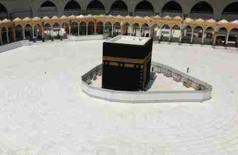 General view of Kaaba at the Grand Mosque which is almost empty of worshippers, after Saudi authority suspended umrah (Islamic pilgrimage to Mecca) amid the fear of coronavirus outbreak, at Muslim holy city of Mecca, Saudi Arabia March 6, 2020. REUTERS/Ganoo Essa