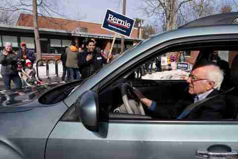FILE PHOTO: Democratic 2020 U.S. presidential candidate Senator Bernie Sanders departs after he and his wife Jane O'Meara Sanders voted in the Vermont primary at their polling place in Burlington, Vermont, U.S. March 3, 2020. REUTERS/Jonathan Ernst/File Photo