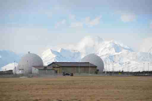 Defense Satellite Communication System with Alaska Range at the Ft. Greely missile defense complex in Fort Greely, Alaska, U.S., April 26, 2018.  REUTERS/Mark Meyer
