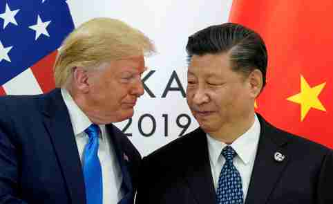 FILE PHOTO: FILE PHOTO: U.S. President Donald Trump meets with China's President Xi Jinping at the start of their bilateral meeting at the G20 leaders summit in Osaka, Japan, June 29, 2019. REUTERS/Kevin Lamarque/File Photo/File Photo