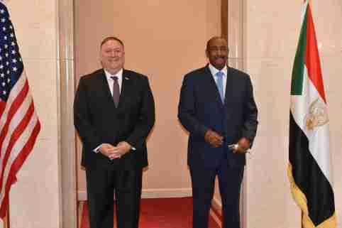 Khartoum, Sudan.- Secretary of State Mike R. Pompeo (left) meets with the Chairman of the Sovereign Council of Sudan, General Abdel Fattah el-Burhan (right), in Khartoum, Sudan, on August 25, 2020. Pompeo arrived this Tuesday ( 25) to Sudan in the first visit by a head of US diplomacy in 15 years, as part of a regional tour to convince other Arab countries to normalize their relations with Israel in the footsteps of the United Arab Emirates. Pompeo, arrived directly from Israel on a first historic flight between the two countries.