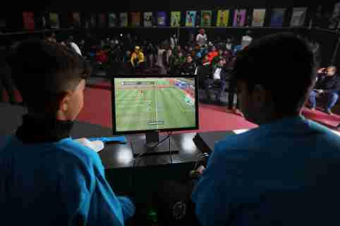 Syrian refugee children take part in the first e-sports tournament organised in the Zaatari refugee camp near the border city of Mafraq, Jordan February 1, 2020. Picture taken February 1, 2020. REUTERS/Muhammad Hamed