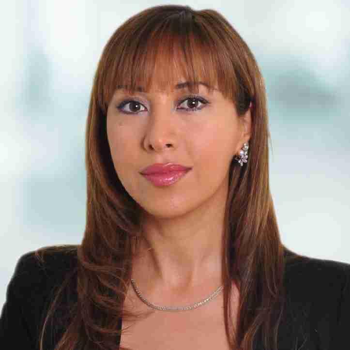 Carole Nakhle headshot