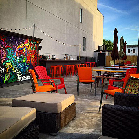 The Living Room S Rooftop Bar And Lounge Now Open