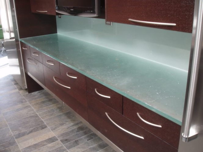 Gl Countertops Tables And Wall Panels