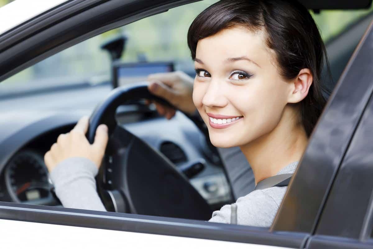 ما هي شروط قيادة المرأة للسيارة في السعودية مجلة البرونزية