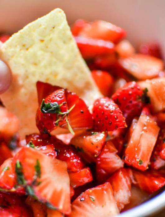 """Strawberry salsa summer snack recipe and how California Giant is providing our """"farm to table"""" mission this summer."""