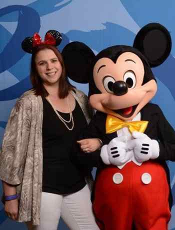 10 Reasons Why Memory Maker at Disney is Priceless for Parents. Memory Maker is an investment in your Disney vacation for memories to last. Number 6 and 10 are my favorites.