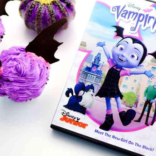 Vampirina Cupcakes and Review