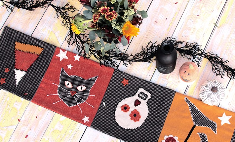 Sugar and Spice Table Runner