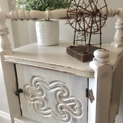 Quick and Easy Table Makeover