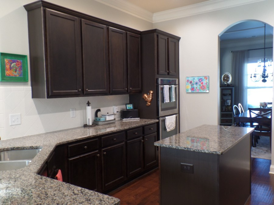 Painting the kitchen cabinets - $100 Room challenge