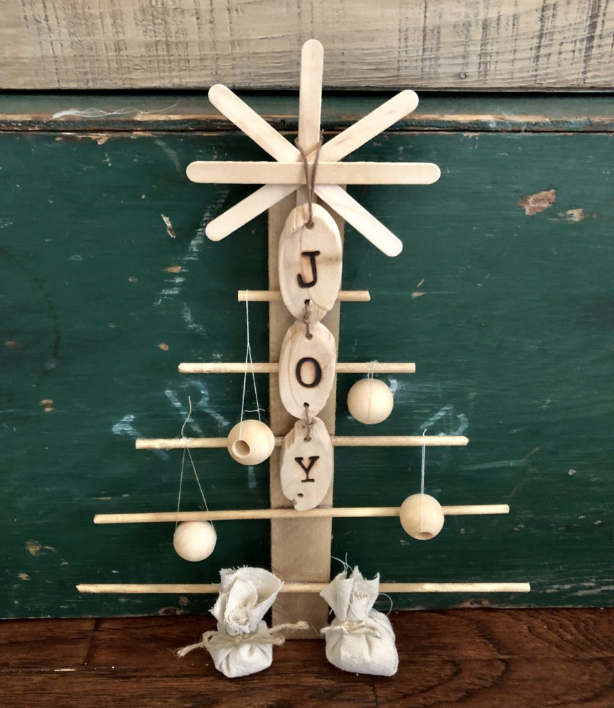 easiest rustic christmas tree by browndog vintage