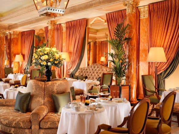 The_Dorchester_Champagne_Afternoon_Tea_on_The_Promenade