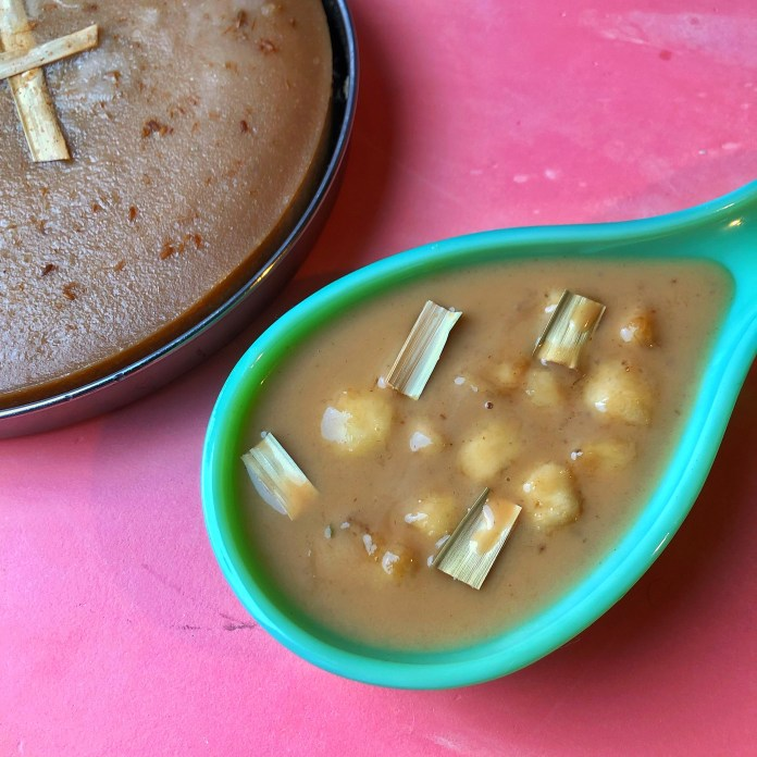 A South Indian Easter Special: Kinnathappam and Pesaha Paal