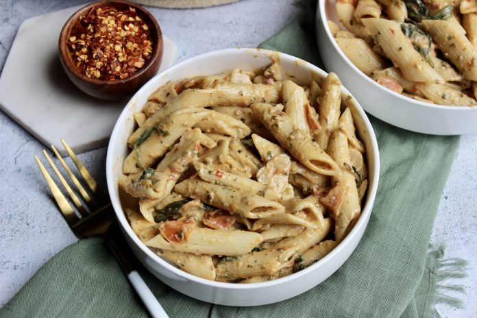 Date Night Pasta: Creamy Tomato & Spinach Penne