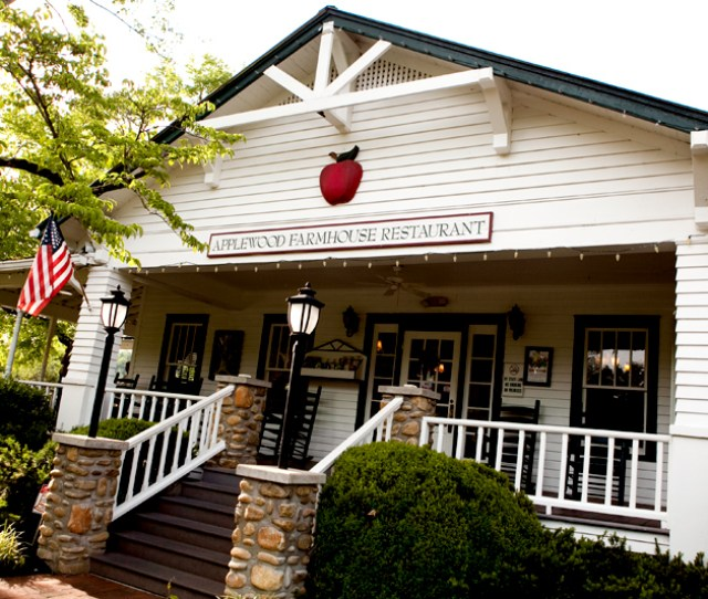 Applewood Farmhouse Restaurant Sevierville Tn