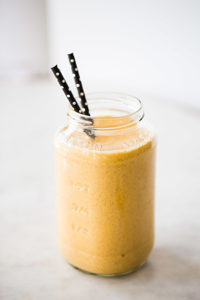 Carrot cake flavored orange smoothie