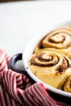 Vegan cinnamon rolls, easy and perfect