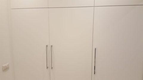 armadio-a-muro-per-vano-lavatrice-falegnameria-browood_06