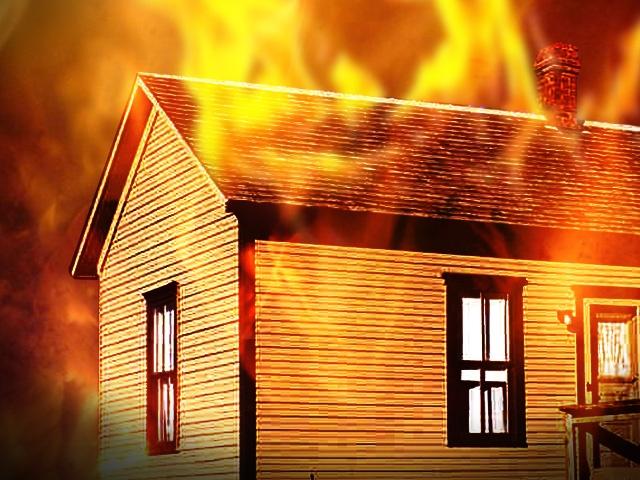 house_fire2_20150327014355