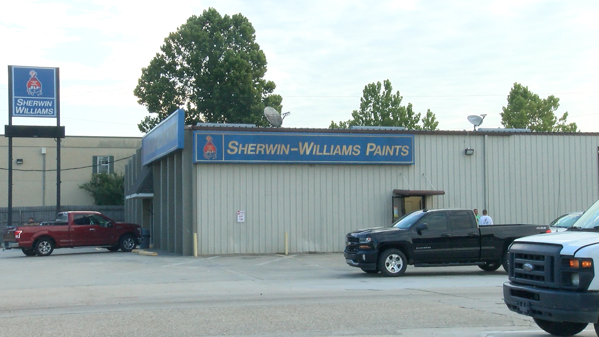 SGFD called to reported smoke inside Sherwin-Williams Paint