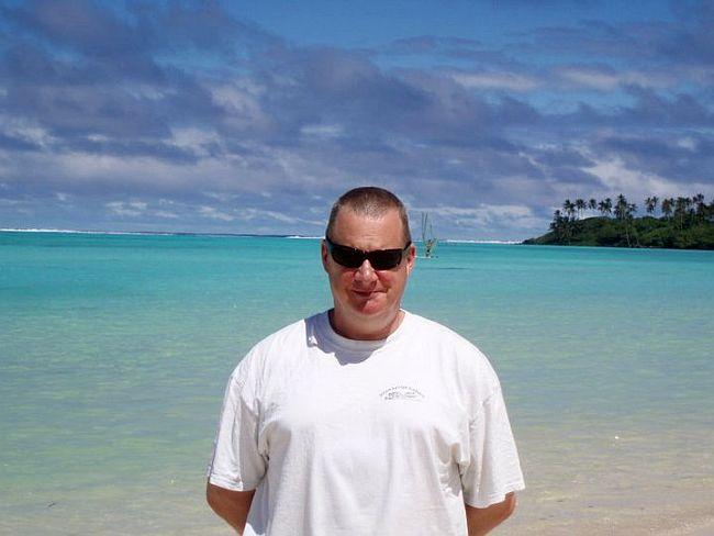 Bruce on beach 650
