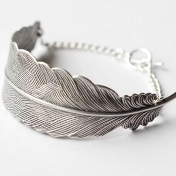Headpiece av sølvfjær