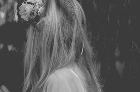 blomsterkrans-brud-bohem-bryllup