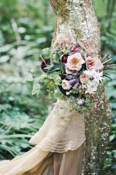Gull-brudekjole-brudeblogg-inspirasjon