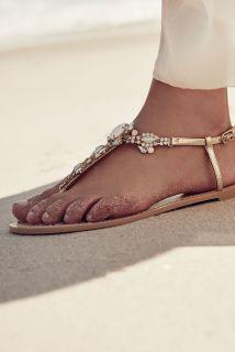 BHLDN-honeymoon-bryllupsreise-sandal-kolleksjon