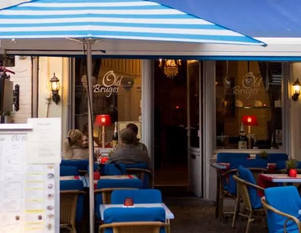 devanture de restaurant à Bruges