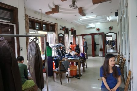 Kimmy Tailor fitting room