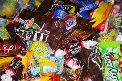 Commercial candies