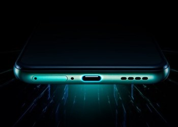 RealMe X50 Pro 5G 65W charging