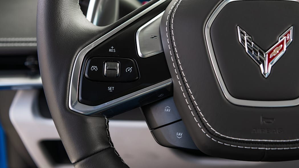 2020 Chevrolet Corvette Stingray steering wheel