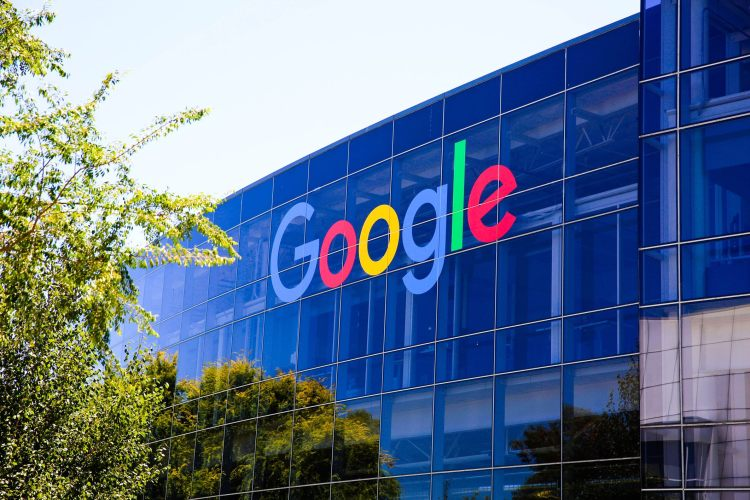 Google postponed office reopening