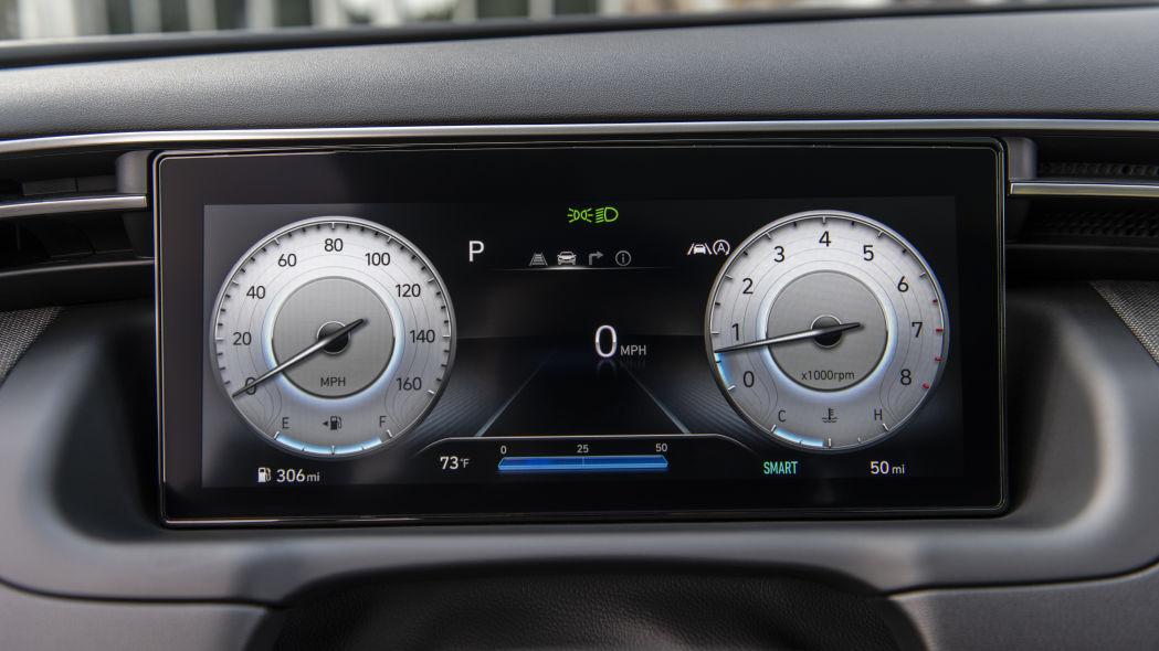 Hyundai Tucson 2022 speedometer