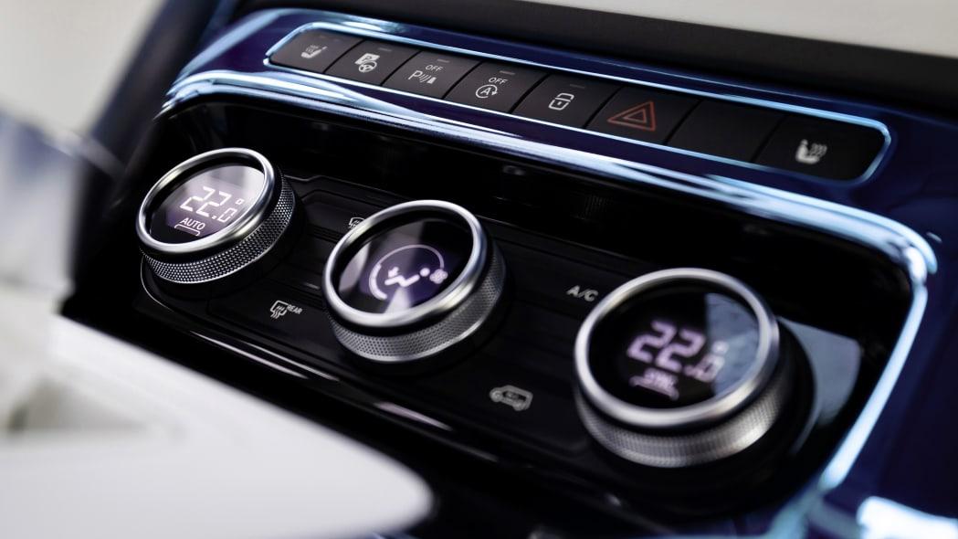 Mercedes Benz Concept EQT interior system