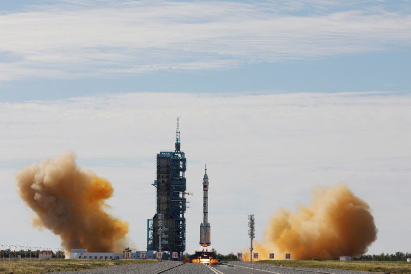 China Launches March 2F Y12 rocket 9