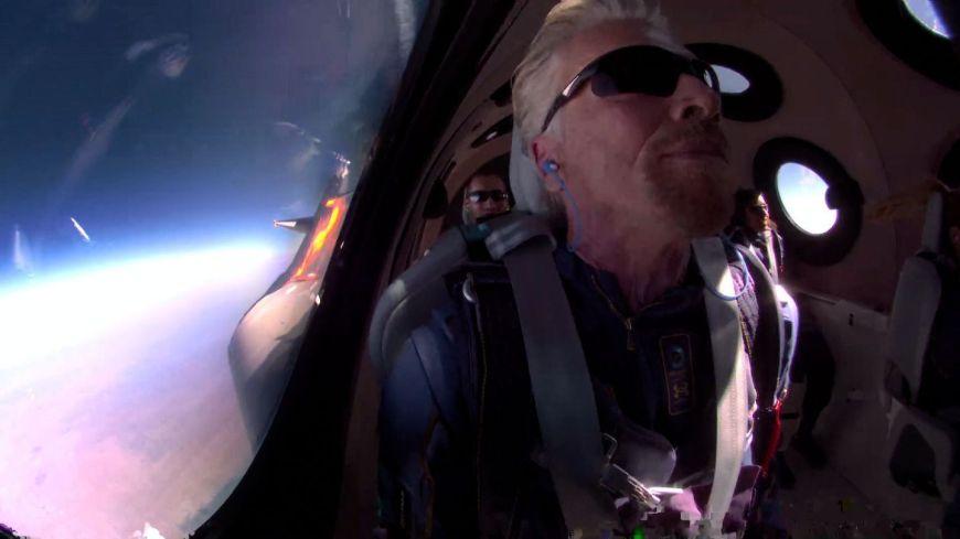 Richard Branson boards the Virgin Galactic SpaceShipTwo