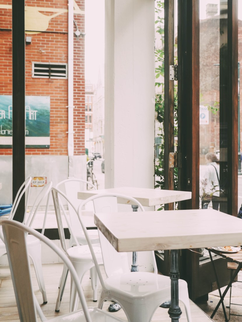 interior, j'aime french bakery | brunch at audrey's