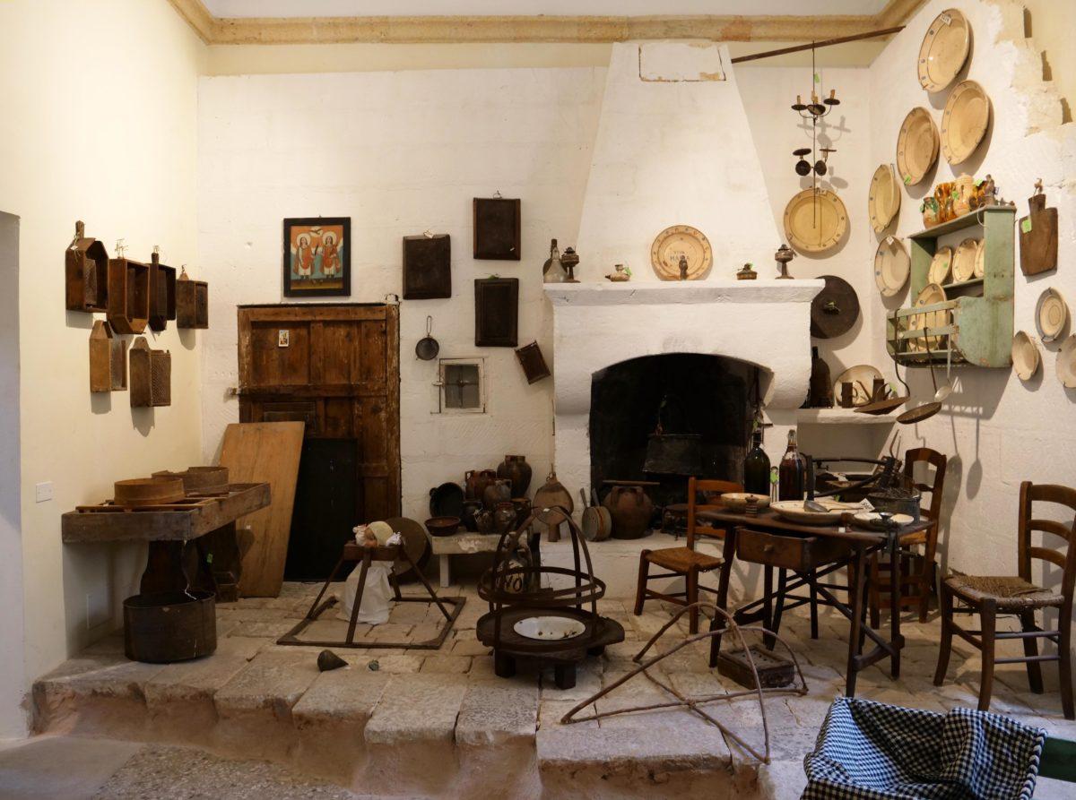 Museo delle Arti e Tradizioni di Puglia - Latiano (Br) 1^ Parte