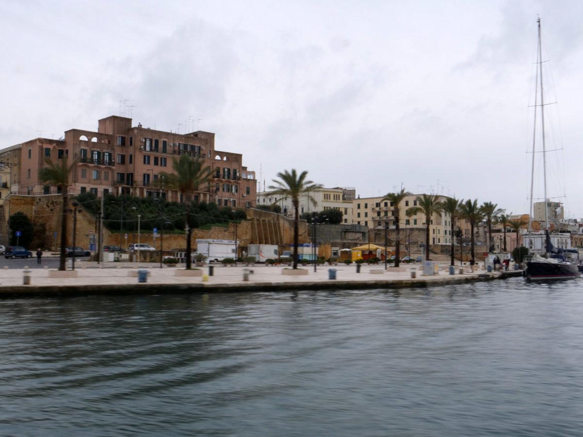 Case INCIS - I° Lotto.  Piazza S. Teresa - Brindisi