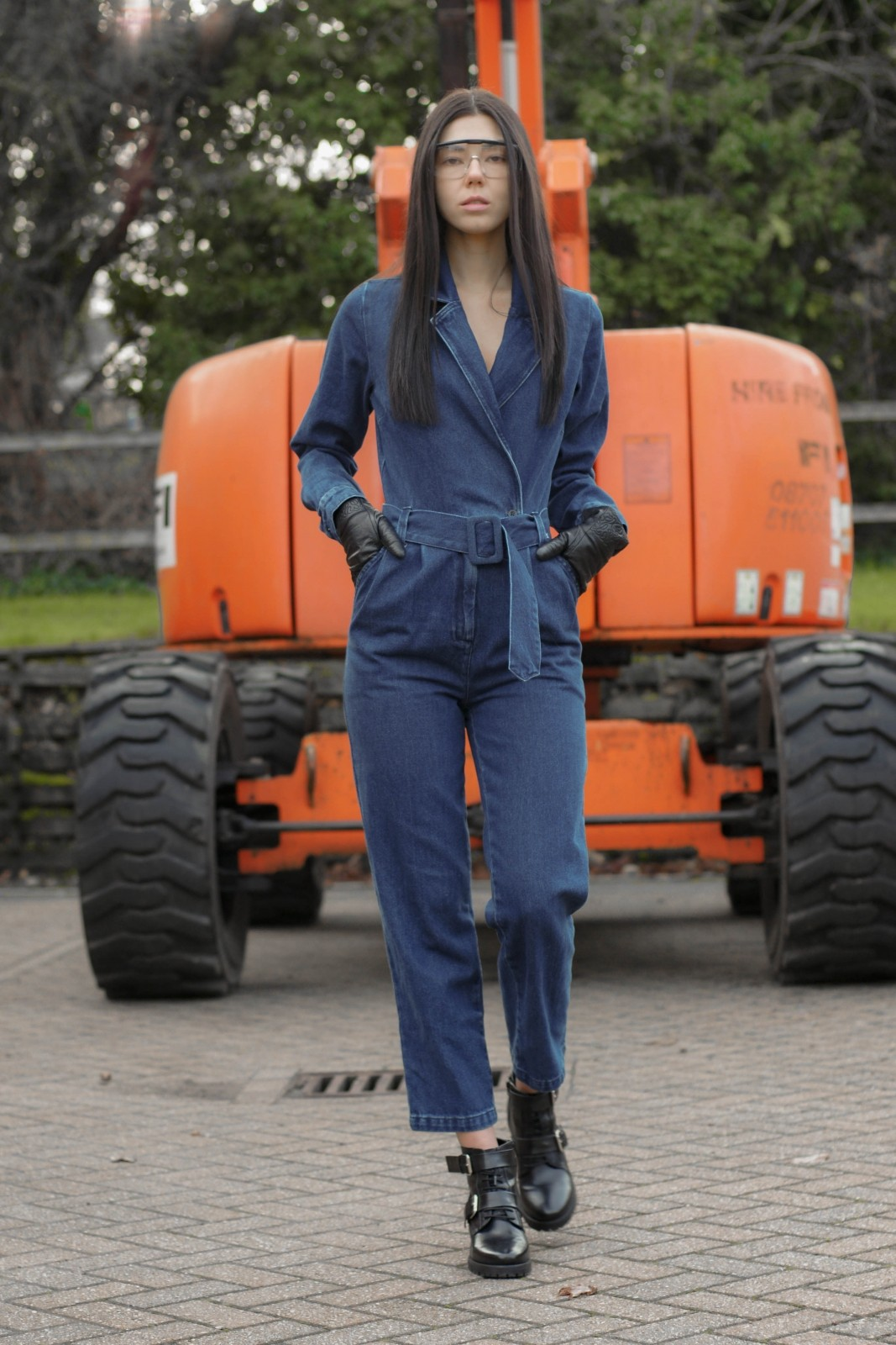 3 Denim Jumpsuit Styles To Try This Year