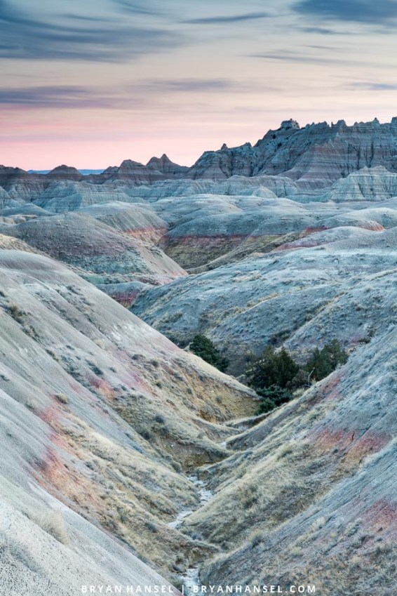 Sunset in the Badlands National Park at a location between the Conata Basin and the Ancient Hunters Overlook.
