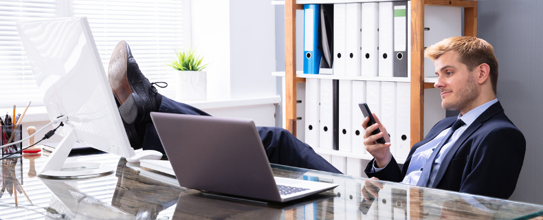 dealing with lazy employee
